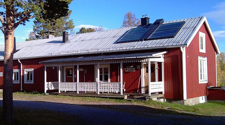 Kyrkans Fjällgård cabins & hostel