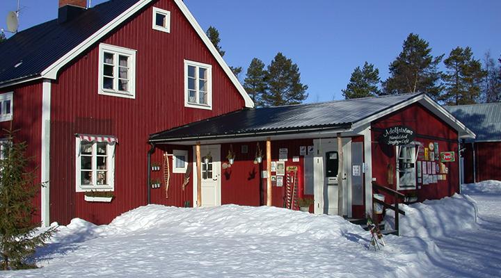Adolfström Store & Cabins