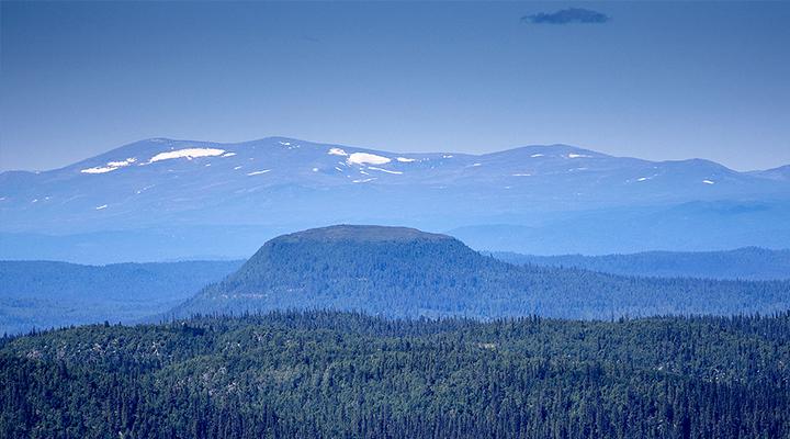 Lájsovárre / Laisvik Mountain